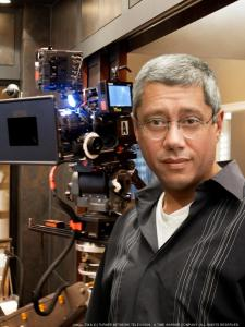 dean-devlin-on-set-tnt-750xx2250-3000-73-0