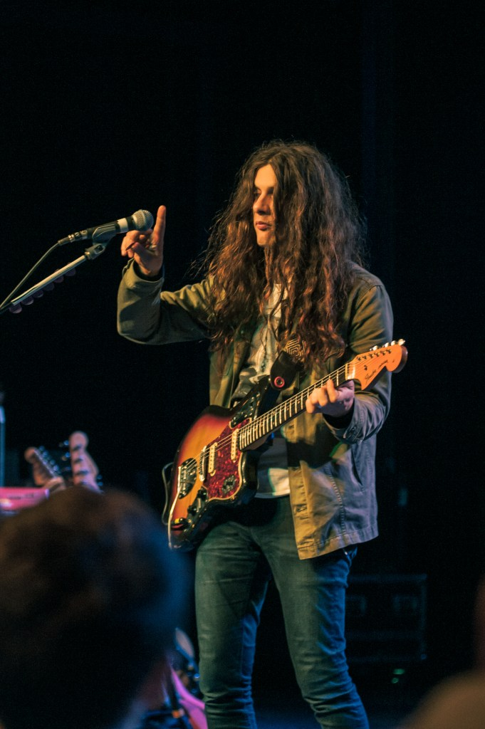 Kurt Vile tests the mic (photo courtesy of Alexandra Justice)