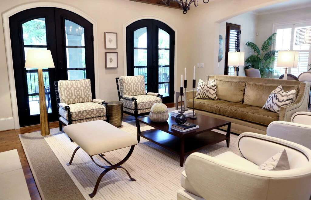 Houston coupleu0027s Braes Heights home feels roomier after redesign - living room furniture houston