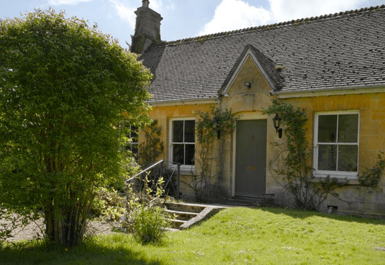 Lifestyle Blog Introduction Jigsaw Holidays Cotswold Cottages Introduces Lakeside