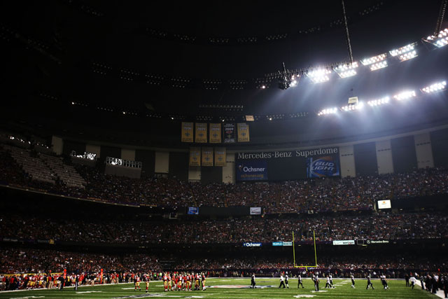 The stadium then experienced a power outage. (Ronald Martinez/Getty Images)