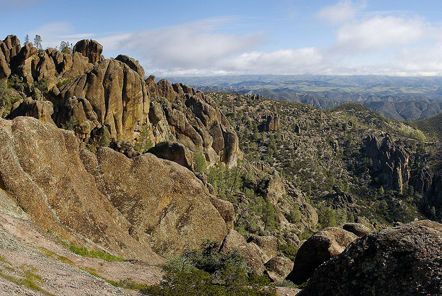 The view east from High Peaks in Pinnacles National Park. (Miguel Vieira/Flickr)