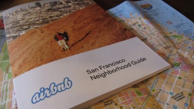 An Airbnb guide in San Francisco. Photo: Effie Yang/Flickr