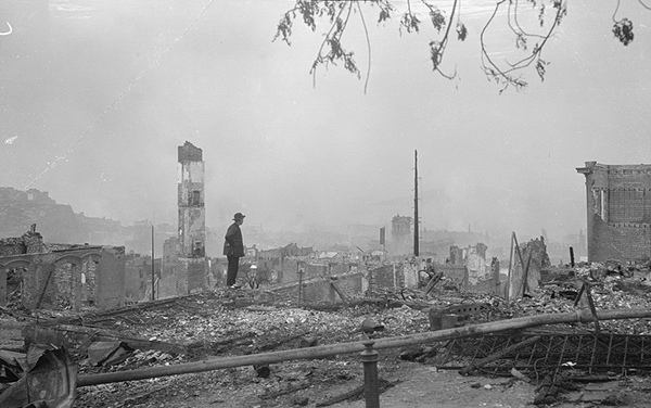 The ruins of Chinatown, April 1906 (Library of Congress).