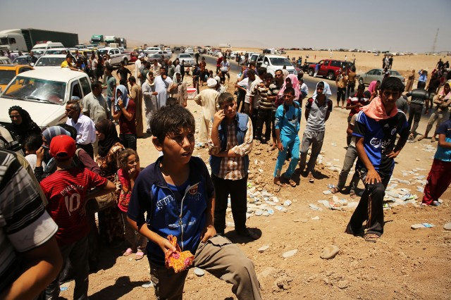 Refugees fleeing ISIS offensive pour into Kurdistan. (Spencer Platt/Getty Images)