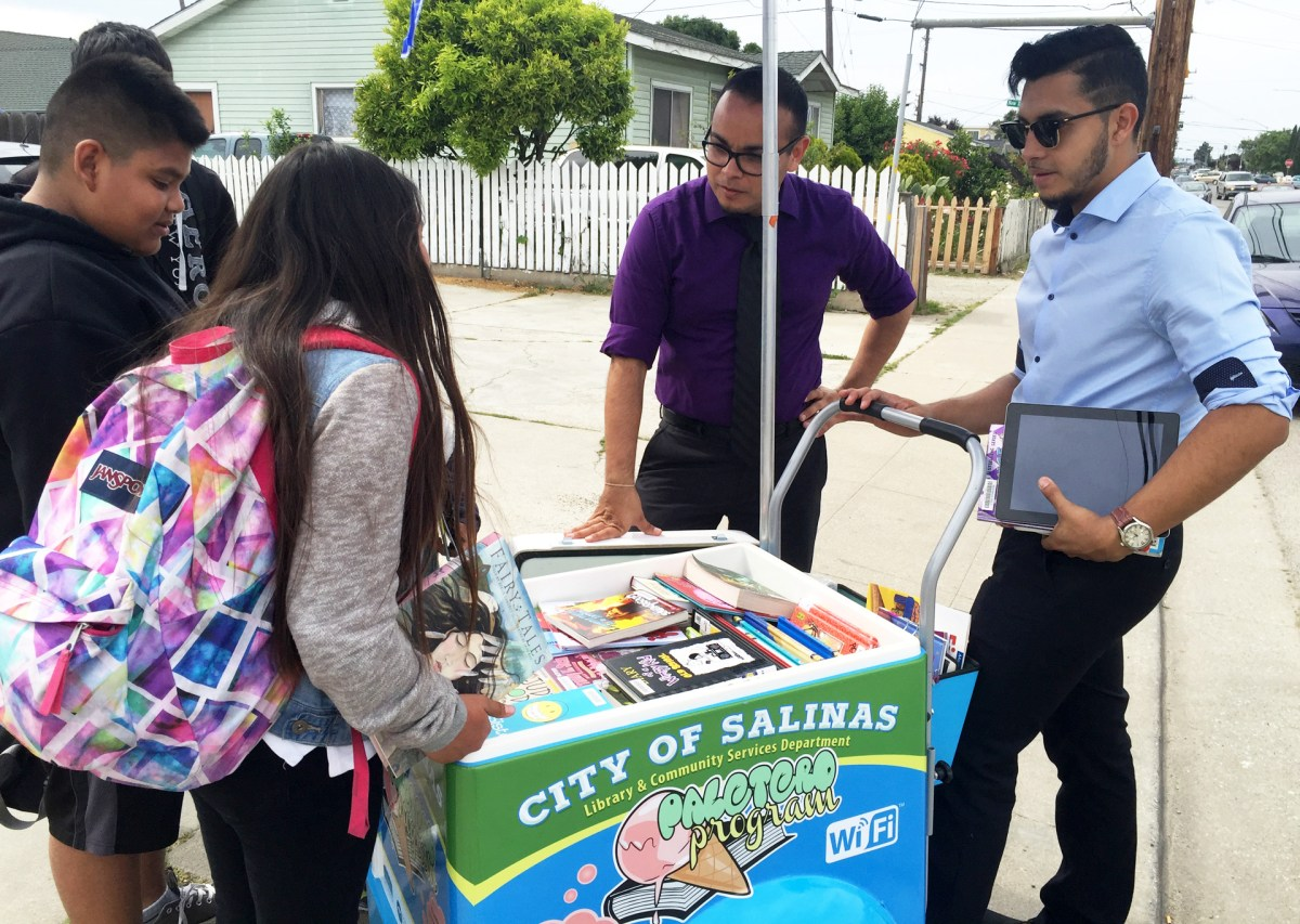 In Salinas, a Repurposed Popsicle Cart Engages Kids With the Library