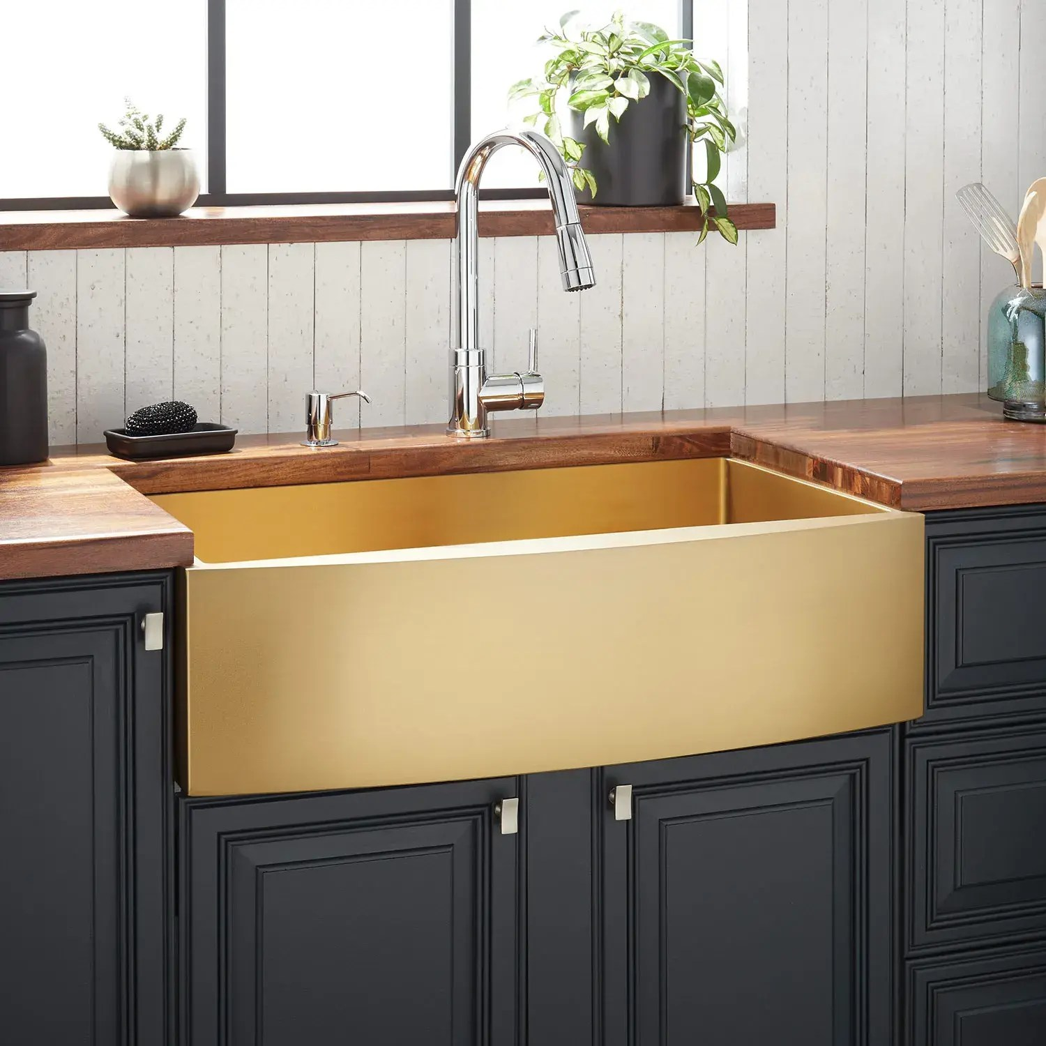 Https Www Signaturehardware Com 33 Atlas Stainless Steel Farmhouse Sink Curved Apron Matte Gold Html