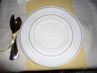 Setting out plastic platestaky or ok? - Weddingbee