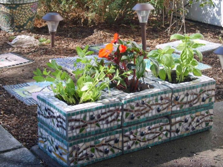 Mosaic Cinder Block Planter  1001 Gardens