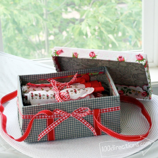 Make a picnic basket out of a shoebox by Jen Goode