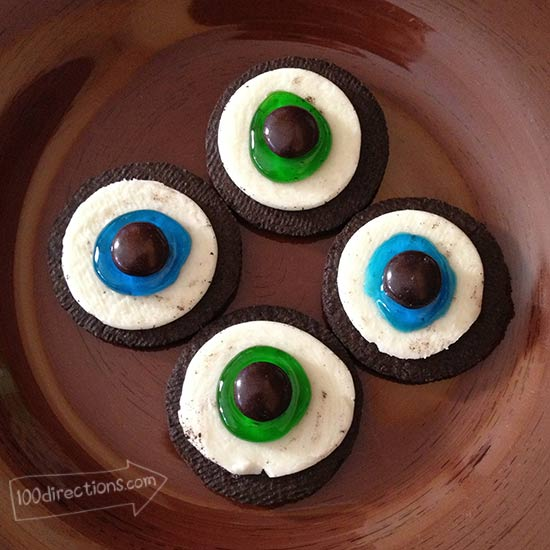 Eyeball cookies without faux veins
