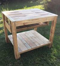 DIY Pallet Mud Kitchen