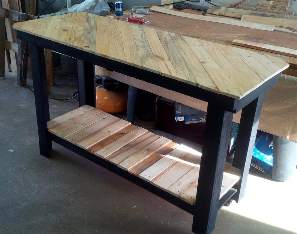 Cool Pallet Projects For Crazy Wood Workers