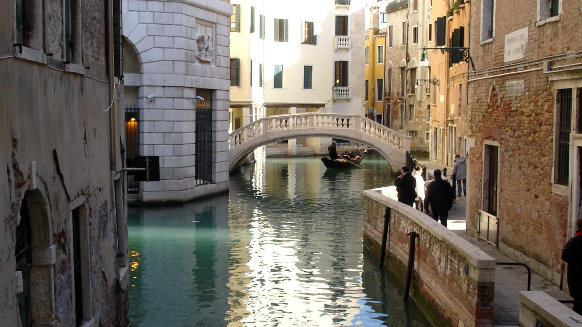Cute Danbo Wallpaper Venice Bridge Italy City Photography Wallpaper Preview