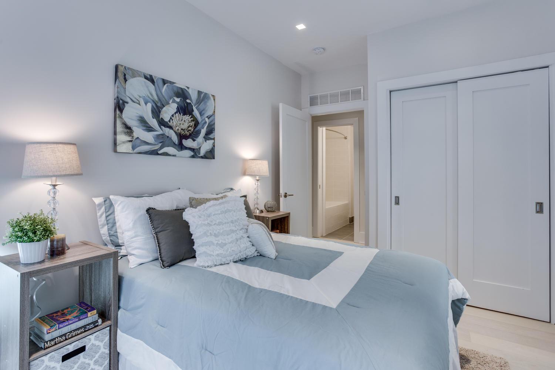 1001 Monroe St NW 1 Washington-large-031-41-Bedroom-1500x1000-72dpi