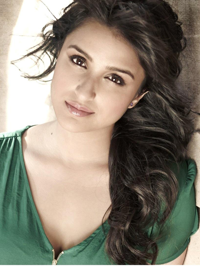 Mother Quotes Wallpapers Hd Gorgeous Parineeti Chopra