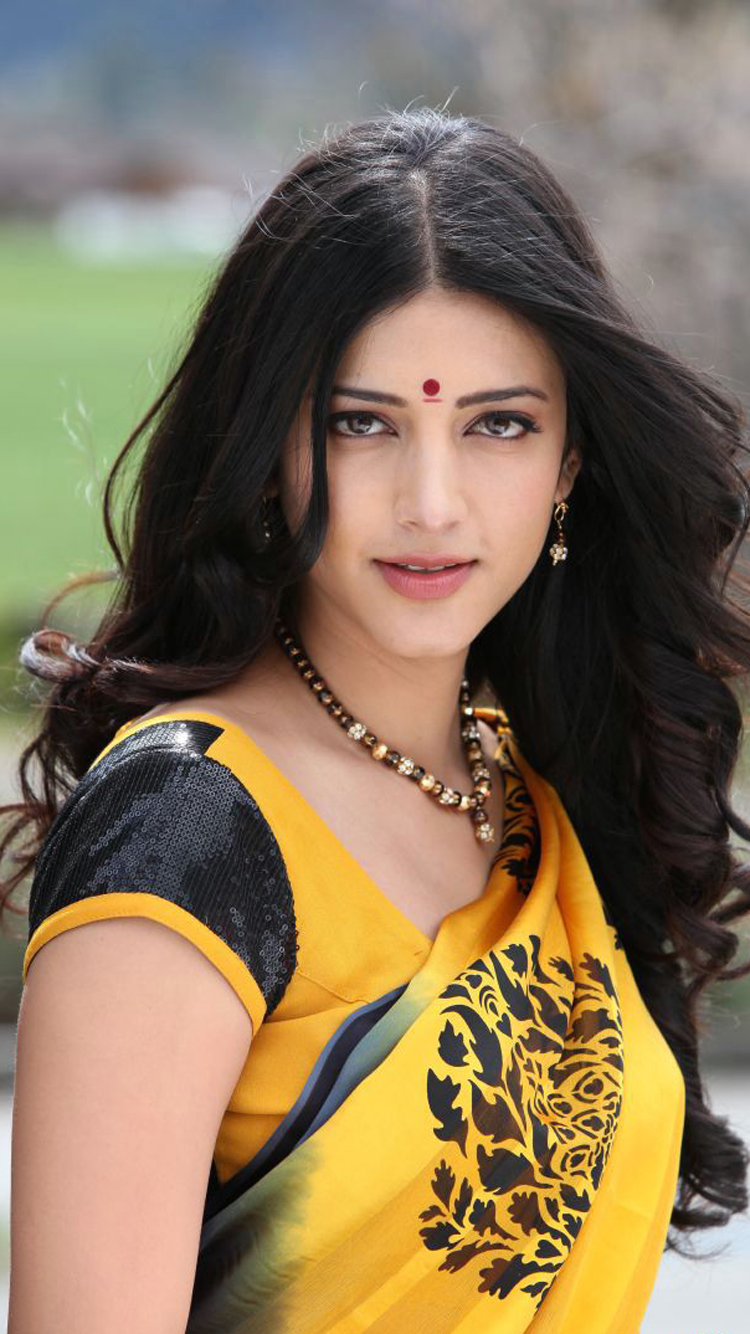 Cute Girly Wallpapers For Phone Shruti Hassan In Yellow Saree