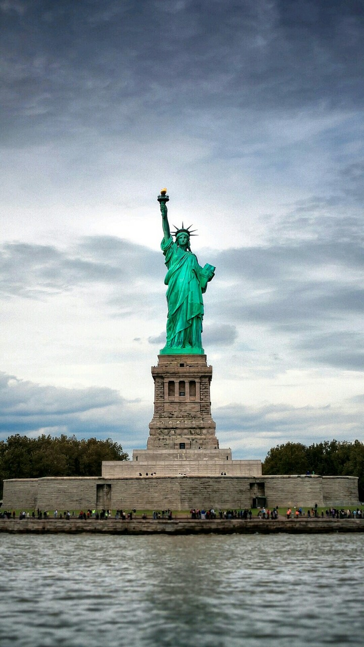 Lovely Girl Cartoon Wallpapers Statue Of Liberty Usa