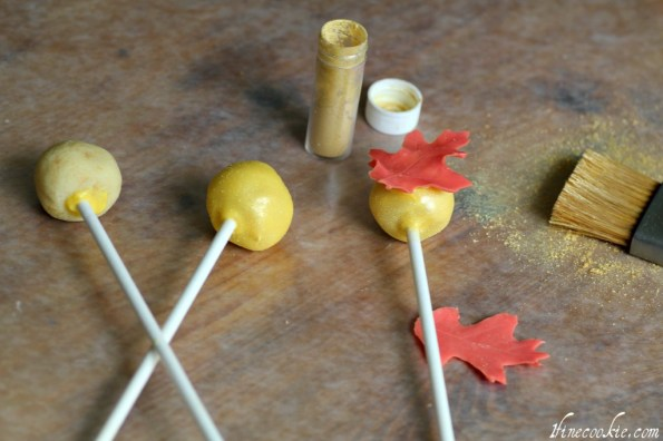 glue onto cake pops