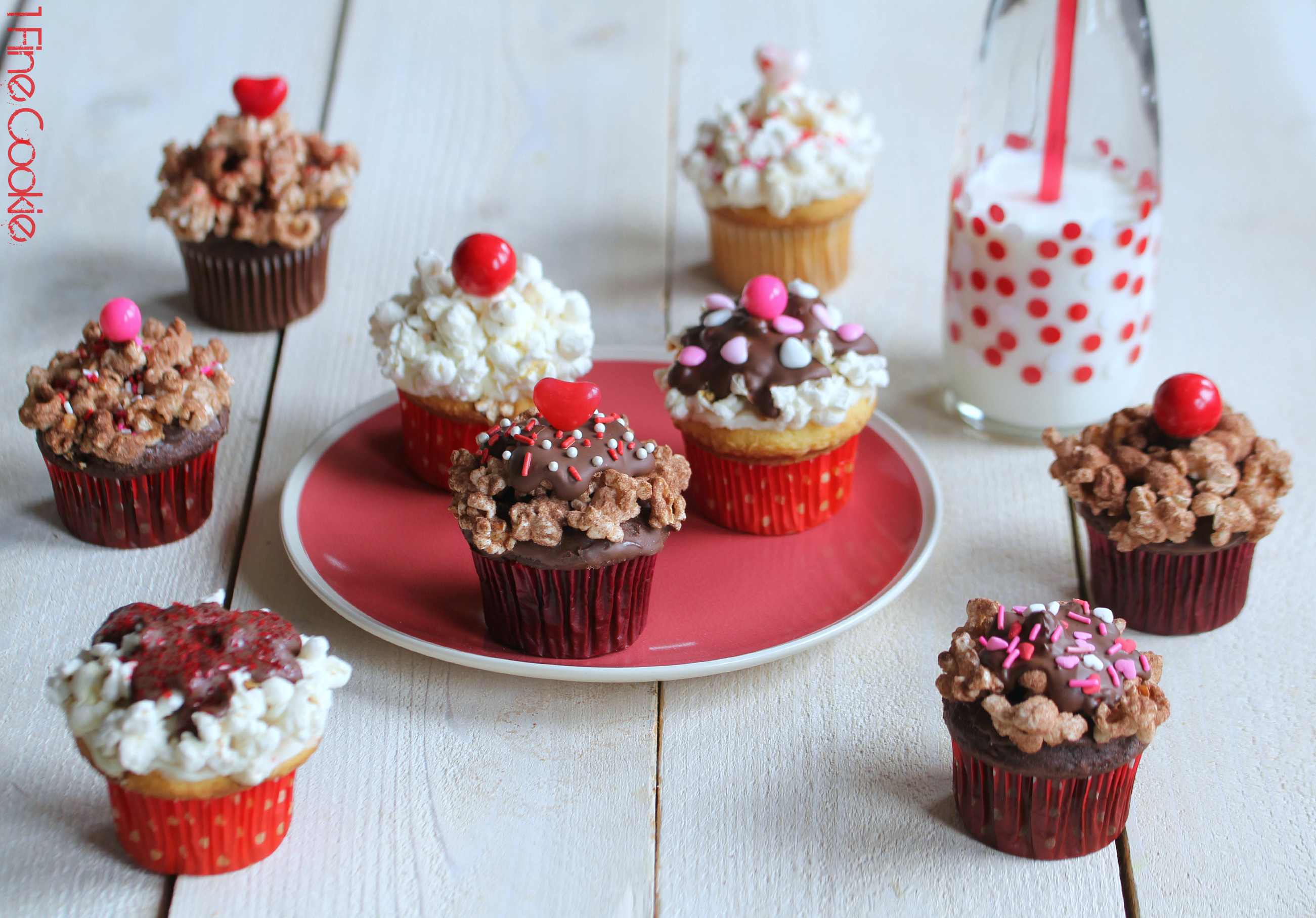 Popcorn Pink and Red cupcakes by 1 Fine Cookie, valentine's, day, recipe, cupcake, chocolate, vanilla, yellow, cake, pink, red, white, sprinkles, popcorn, seasoned, salty, savory, sweet, sprinkles, sundae, party, idea, cherry, heart, brown, white, ice, cream, dessert, sweets, fudge,