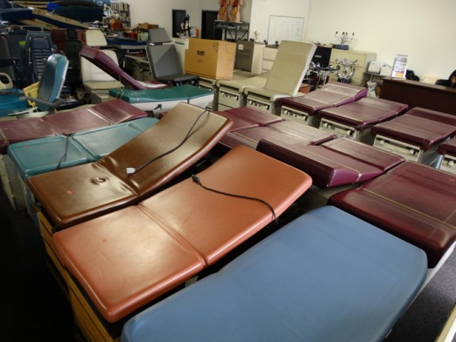 1 Exam tables examiniation room furniture for sale
