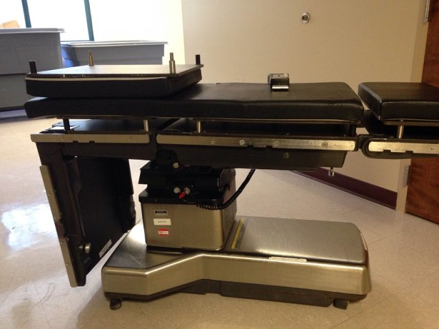 Amsco 3080 surgical OR table for sale