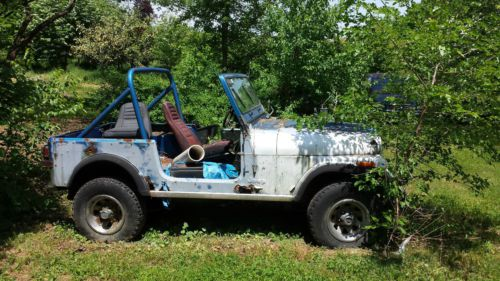 Find used 84 CJ7 Project Package - \u002786 Jeep Tub - New Painles Wire