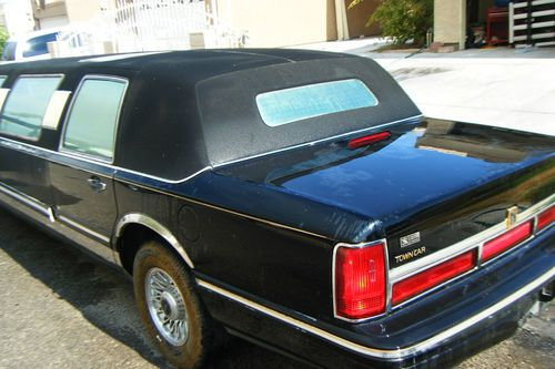 Find Used 95 Lincoln Towncar Super Stretch Limo