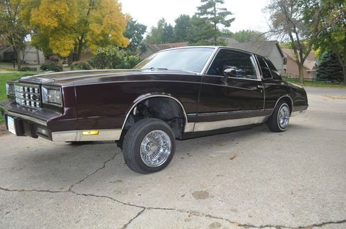 Sell used 1985 Chevy Monte Carlo *Lowrider* Wire Wheels, Hydraulics