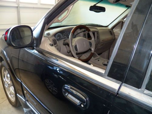 Sell Used 2001 Lincoln Navigator Base Sport Utility 4 Door