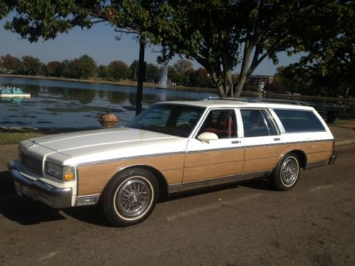 Sell used 1990 Chevrolet Caprice Wagon/ Southern Car/NO RUST EVER