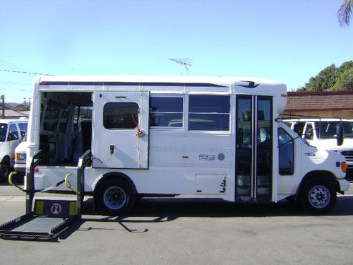 Purchase Used 2004 Ford E450 Bus 15 Passenger Diesel