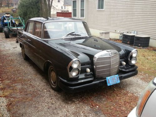 Sell used NO RESERVE! 1967 MERCEDES BENZ 250SE Coupe AUTOMATIC A/C