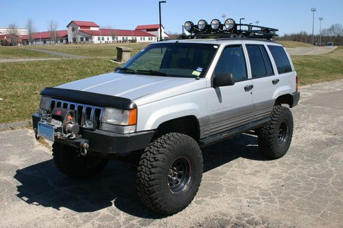 Buy Used 1996 Jeep Grand Cherokee Laredo Lifted With Atlas