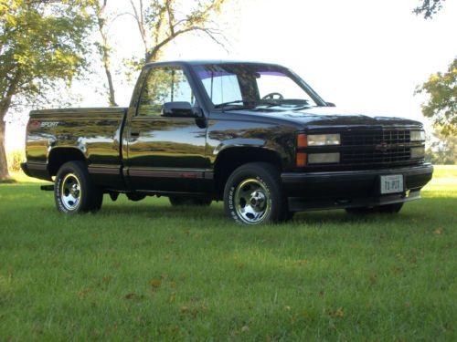 Purchase new 1991 Chevrolet C1500 Sport Standard Cab Pickup 2-Door