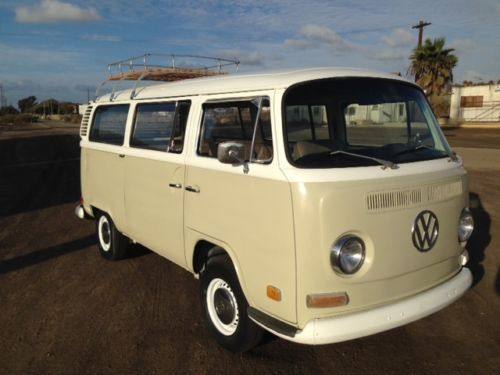 Find Used 1972 Volkswagen Bus Deluxe Transporter In Chula
