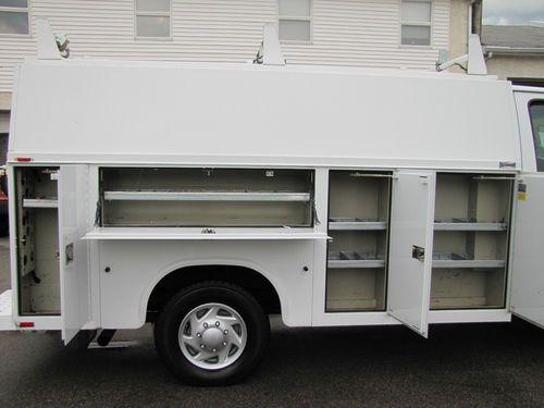 Buy Used Ford E 350 Super Duty Cutaway Utility Box Truck