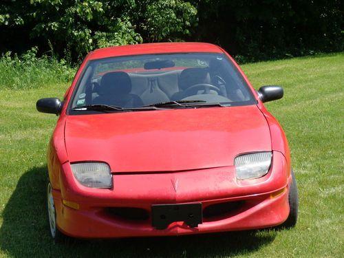 Find new 1999 Pontiac Sunfire SE Coupe 2-Door 22L in Zeeland