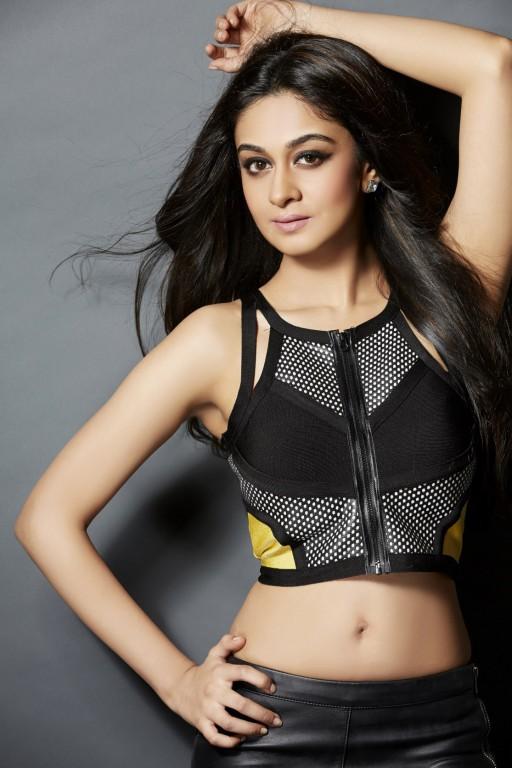 Charmi Kaur Cute Wallpapers Aishwarya Arjun New Hot Photo Shoot Hd Photos 25cineframes