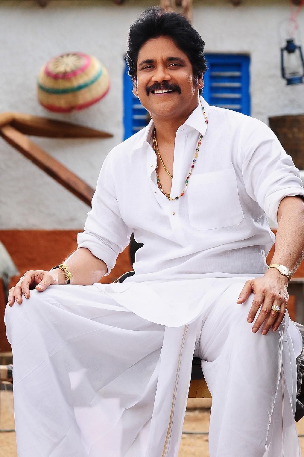 Jr Ntr Hd Wallpapers Akkineni Nagarjuna Soggade Chinni Nayana Movie Hd Stills