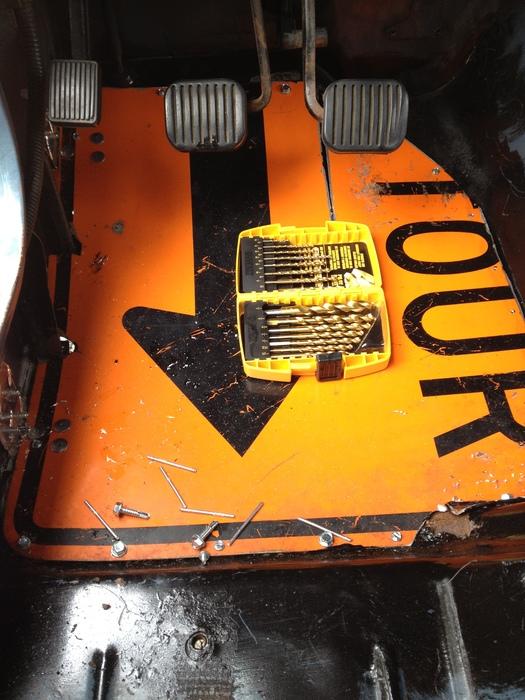 ignition problem no spark to the distributor cap
