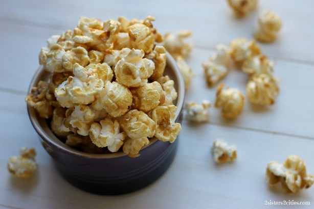 Caramel Corn {from 2 Sisters 2 Cities}