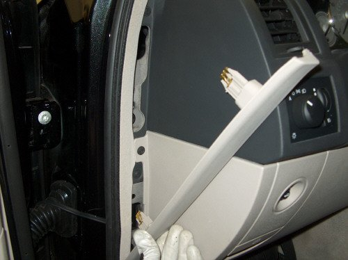 How To Access The Factory Amplifier - Chrysler 300C Forum 300C