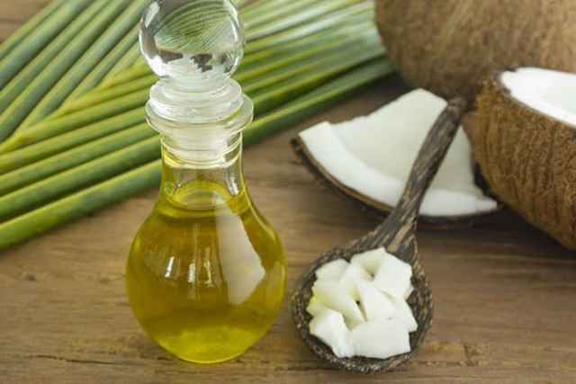 Should We Replace Olive Oil with Coconut Oil?