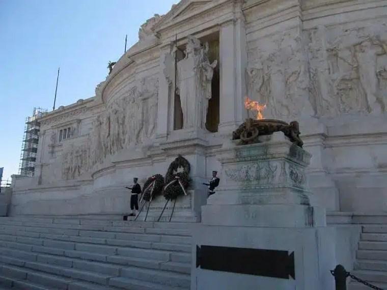 Vitório Emanuelle, Roma