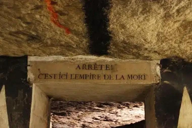 museus de paris, catacumbas