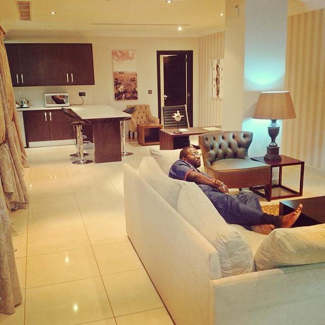 Living Room Olu Maintain -