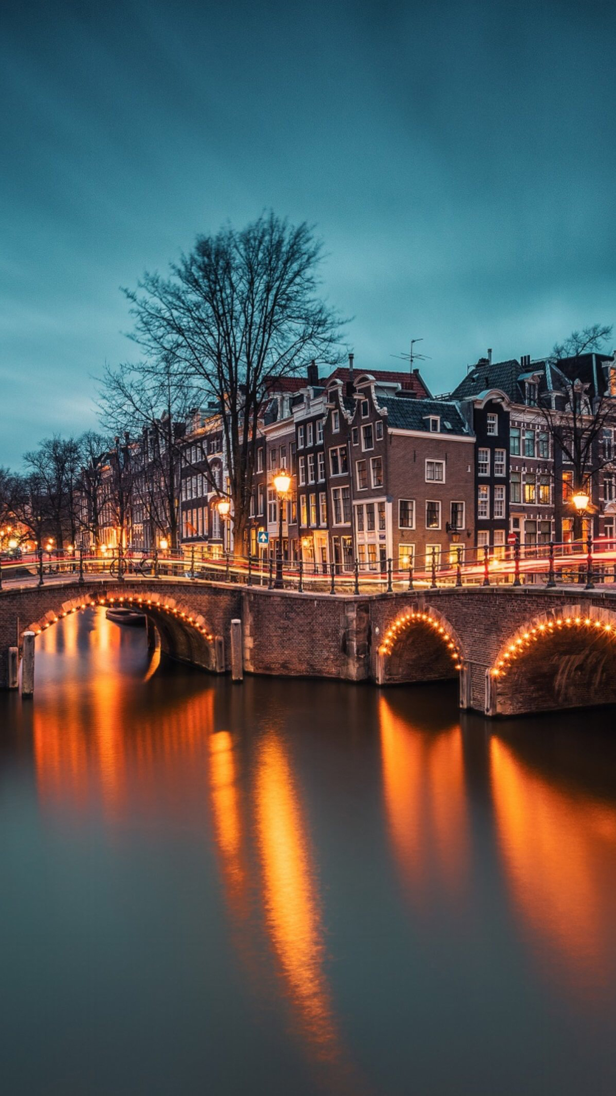 Wallpaper For Iphone 4s Black Amsterdam 2 Wallpaper For Iphone X 8 7 6 Free