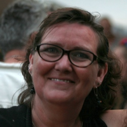 35. Leny Provoost