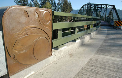 © Bruce Myers, Guardians, 2006, Bronze, Meadowbrook Bridge, King County Public Art Collection, Photo by YaM Studio